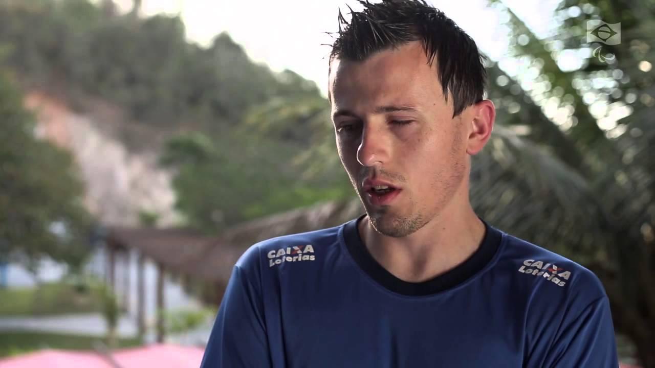Mundial de Futebol de 5 (futebol de cegos) - Perfil Ricardinho - YouTube b7878fdf81be3