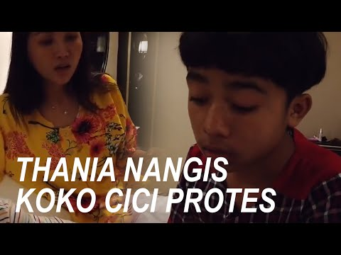 "The Onsu Family - Thania NANGIS ""Koko dan Cici Protes"""