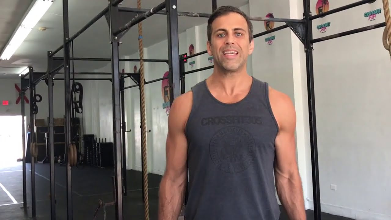 Use This Simple Upper Body Routine To Shred Your Shoulders!