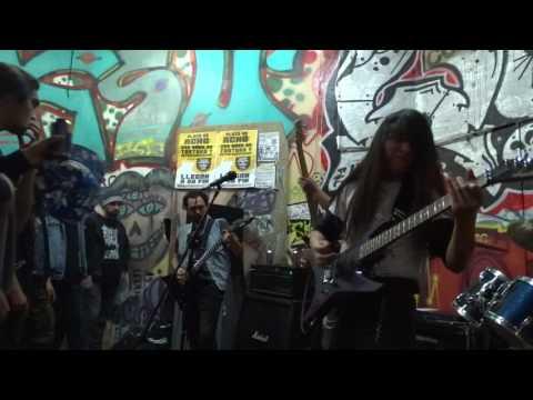 Hellish - Satan [Cover Warrant](Screaming for Vengeance 03 de Junio 2017 Santiago)
