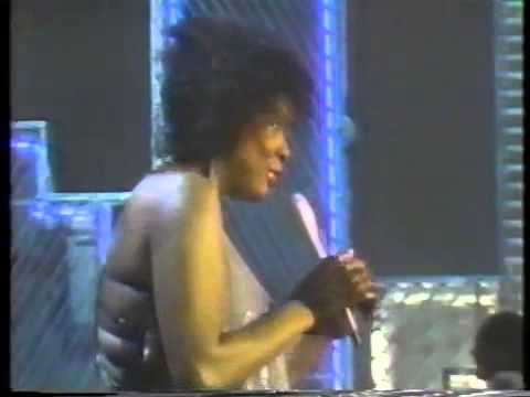 Thelma Houston - You Used to Hold Me So Tight (+Interview) (Soul Train 1984)