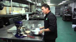 How Do I Make Crunchy Oatmeal Raisin Cookies? : Baking Cookies & More