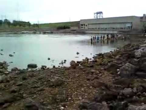 Fishing at truman lake youtube for Fishing report truman lake
