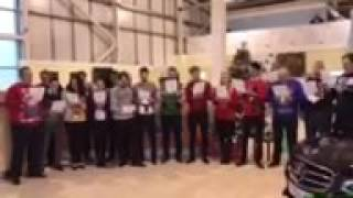 Christmas Carol Singing at Motorpoint in Birtley смотреть