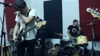 """MEAN JEANS """"Born on a saturday night"""" En vivo en Chile"""