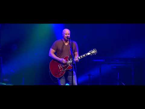Flatirons Community Church - Foo Fighters - Everlong