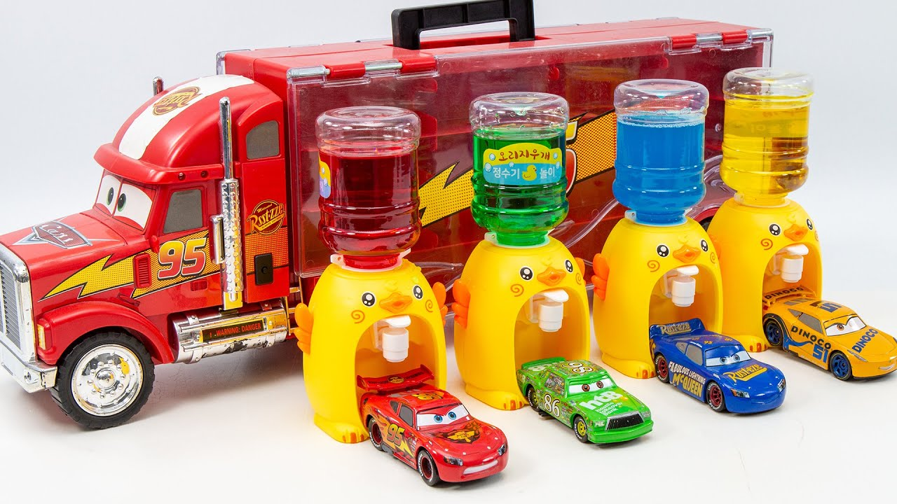 Duck water purifier and McQueen car met  Let's play fun soap bubbles