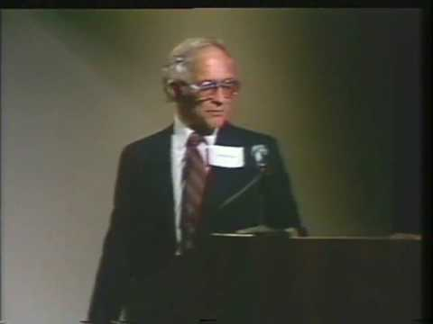 The Impact of Integrated Circuits, lecture by Robert Noyce