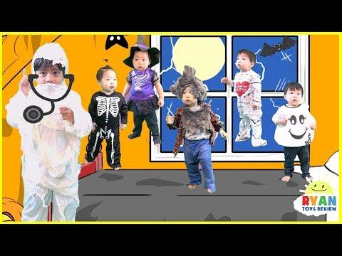 Five little monkeys jumping on the bed Nursery Rhymes + Halloween Songs for kids