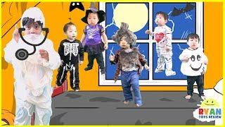Five little monkeys jumping on the bed Nursery Rhymes + Halloween Songs for kids