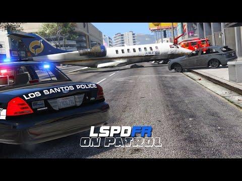 LSPDFR - Day 216 - Plane Crash (Live Stream)