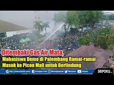 Ditembaki Gas Air Mata, Mahasiswa Demo di Palembang Ramai-ramai Masuk ke Picon Mall untuk Berlindung