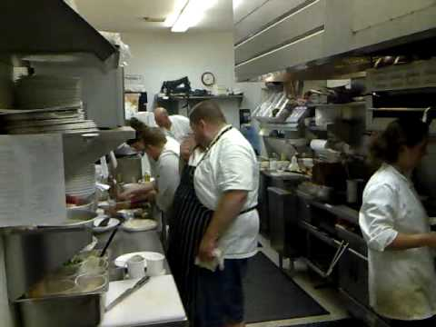 busy kitchen vojin  YouTube