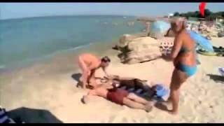 Plajda +18 Kamera Şakası
