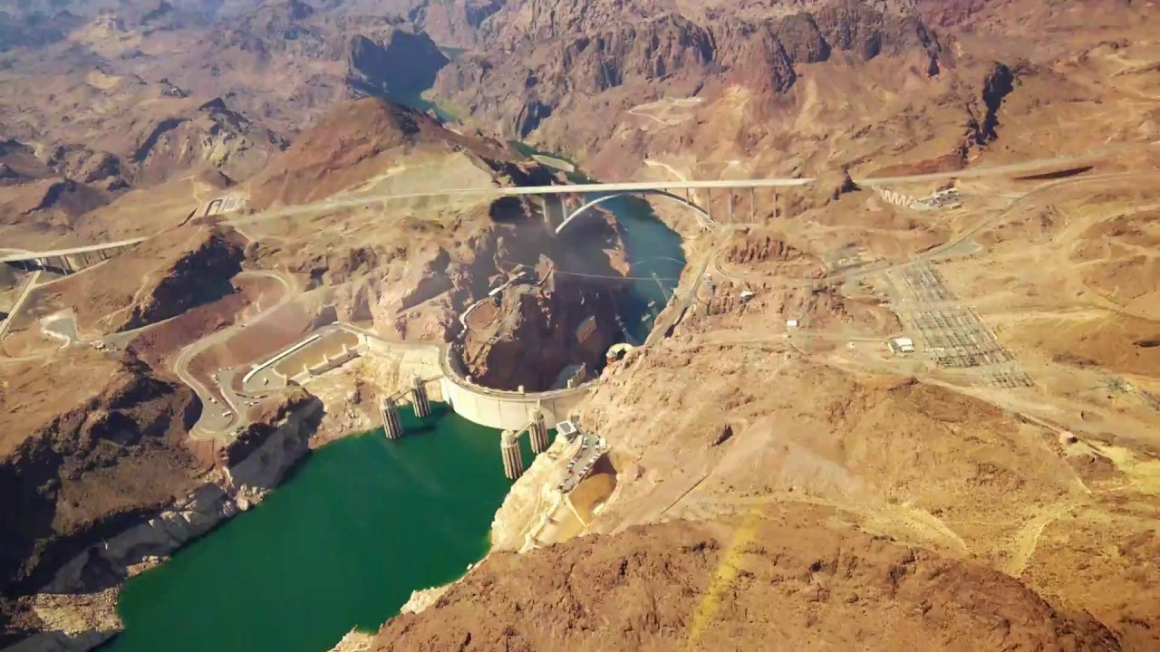 How far away is the grand canyon from hoover dam