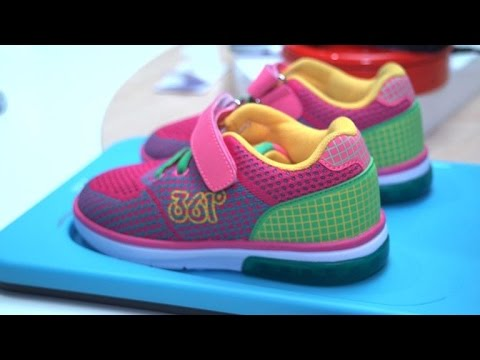 these smart shoes track your kid s location youtube Bee Tracking Device these smart shoes track your kid s location