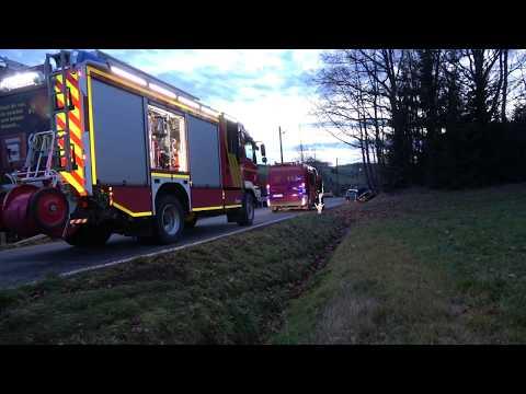 Rettungshubschrauber Kommt Zum Einsatz Bei PKW In Graben Feuerwehr Hartenstein
