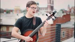 "Acoustic Alley: Christopher Bell - ""I"