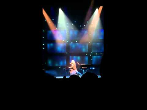 Tori Amos Adelaide Concert 16/11/14 Part 1