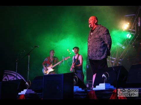 Bad Manners - Lip up fatty & Can Can (LIVE)
