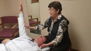 Video The Guru Treats Dr. Wil's Low Back Pain at Pain Relief Chiropractic in Sussex County New Jersey download MP3, 3GP, MP4, WEBM, AVI, FLV Januari 2018