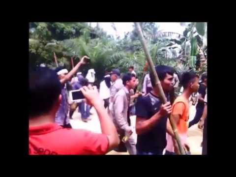 Indonesian church attacked by angry mob