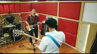 #Cover #BandTasikmalaya Cover Lagu Cokepit - Gradasi Hati