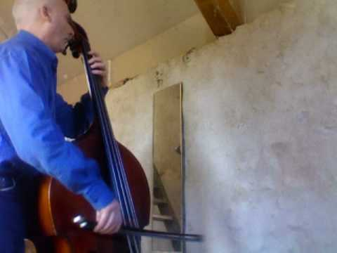 "BACH Suite No 2  "" Sarabande ""   Jean-pierre Robert   double bass contrebasse"