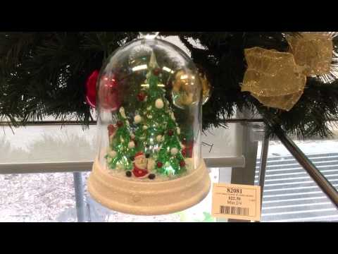 82081 Light Up Xmas Scene in Dome Musical