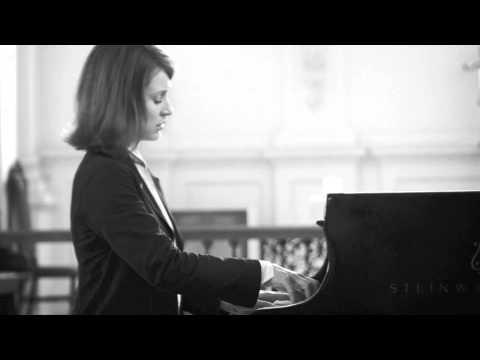 Irina Lankova plays Chopin Nocturne in C minor Op.48, No.1