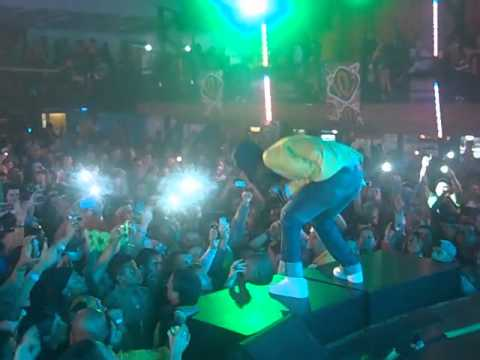 Sizzla Kalonji Live @ Costa Rica MoreFire Set 14 2013 (Official Video)