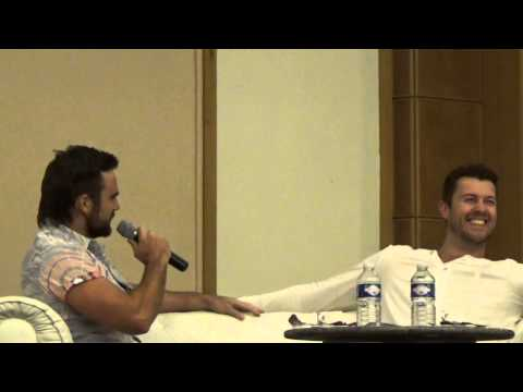 Dustin Clare sings for Dan Feuerriegel on stage at the Rebels Spartacus Convention