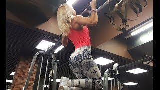 видео Street Workout для начинающих - программа тренировок для парней и девушек — Тренировки на силу и набор мышечной массы