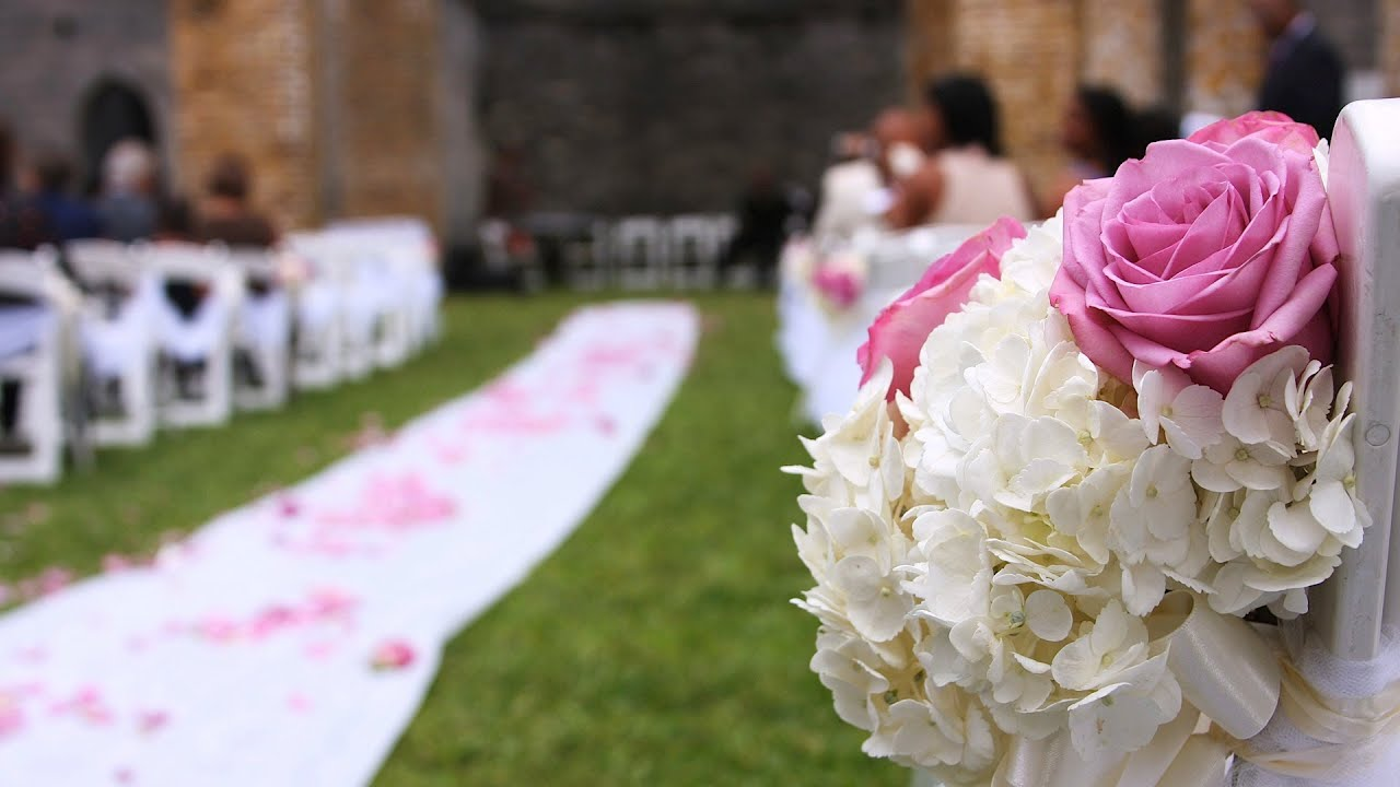 3 tips for wedding aisle flowers wedding flowers youtube junglespirit Image collections