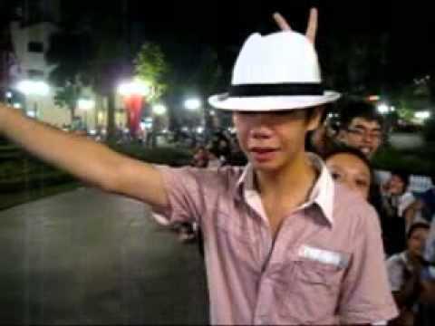 Offline dai le 9.10.10 tai vuon hoa Nha hat lon, HN