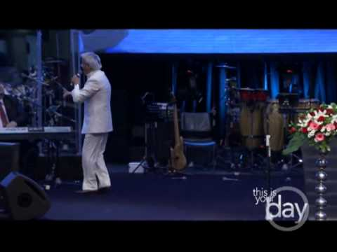 Benny Hinn - Mighty Miracles in Indonesia, Part 3