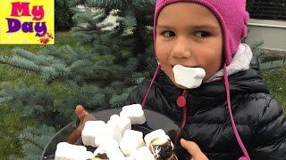 МАРШМЕЛЛОУ на Костре★VLOG★Marshmallow Roasted On Campfire