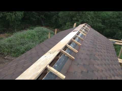 видео: Крыша , вентилируемый конёк