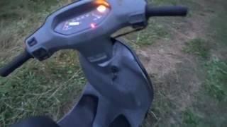 Скутер Хонда Леад обзор работы двигателя, светового оборудования