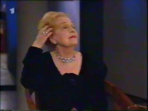 "Martha Eggerth very funny in ""4 times a high C"" (in German) 1996."