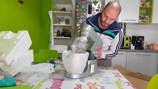 Unboxing Kenwood Chef XL KVL4110S