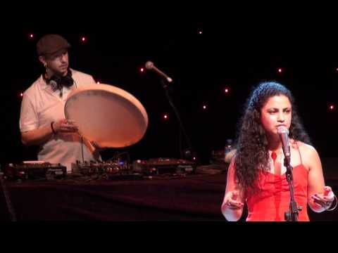 Emel Mathlouthi & Mercan Dede 'ben seni sevdiğimi' @ 51. international Bursa Festival 18.06.2012