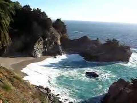 Waves at Julia Pfeiffer Burns State Park