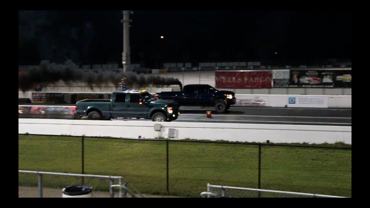 Ford f250 powerstroke vs chevy 2500 duramax rolling coal 1 4 mile youtube