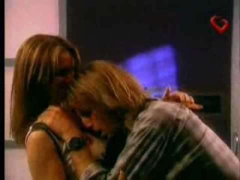 Laura y Tomás primer beso - Capítulo 13