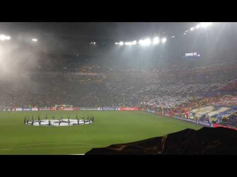 OL / Sevilla FC (Ligue des Champions 16-17) – Entrée des joueurs