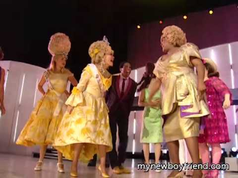 HAIRSPRAY - Broadway Cast Fashion Awards