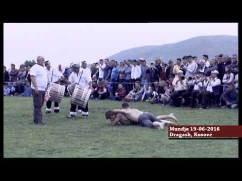 Mundja tradicionale Dragash Kosove  (pelivanet)