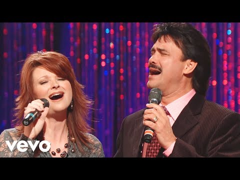 Charlotte Ritchie, Ivan Parker - Tell Me the Story of Jesus/I Love to Tell the Story (Medley) [Live]