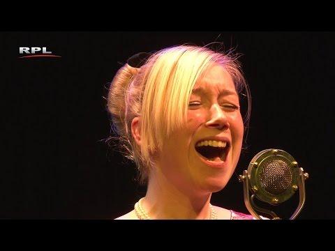 Amsterdam huilt - Charlotte Welling & Trio Dobbs